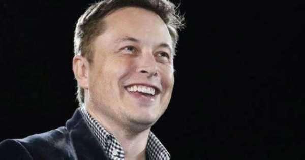 Фейковый Илон Маск вновь раздает биткоины бесплатно