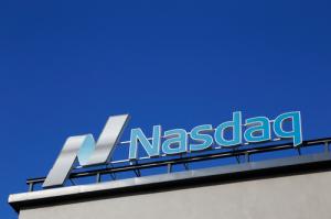 Nasdaq реализовала возможность подключения своих микрослужб к блокчейну