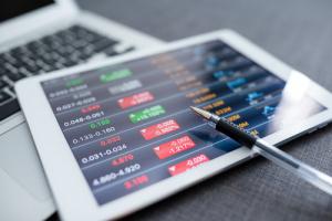 Торги на крипто-бирже eosfinex стартуют 25 июля