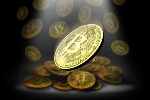 Кто-то вывел 100 BTC с материального биткоин-слитка Casascius, созданного в 2013 году