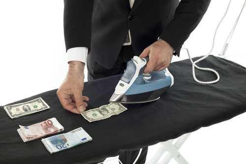 Пользователи японской биржи Coincheck вывели $372 млн в день снятия запрета