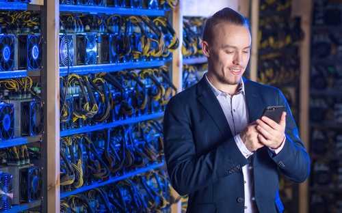 Сотрудники Сбербанка майнят криптовалюту на рабочем месте