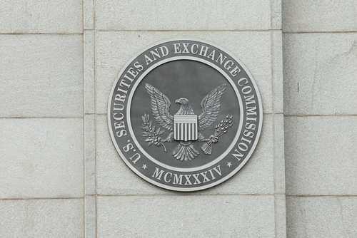 SEC добилась заморозки активов ICO, заявлявшего о связях с ФРС, Boeing, Verizon, PayPal и Disney