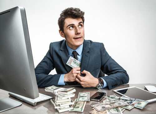 «Дегенеративный гэмблер» украл у работодателя $2 млн в криптовалюте для погашения маржевого требования