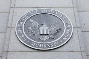 WSJ: SEC рассматривает вопрос о необходимости регулирования криптовалюты Facebook