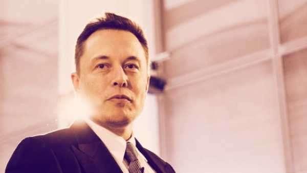 Илон Маск: Властям США не нужно регулировать криптовалюты
