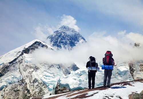 Размещение криптовалютных токенов проекта ASKfm на Эвересте закончилось исчезновением гида