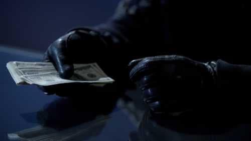Укравшие данные клиентов канадских банков хакеры потребовали $1 млн в криптовалюте XRP