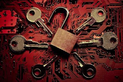 Джон Макафи заплатит 100 тысяч долларов тому, кто сумеет взломать его «невзламываемый» крипто-кошелёк