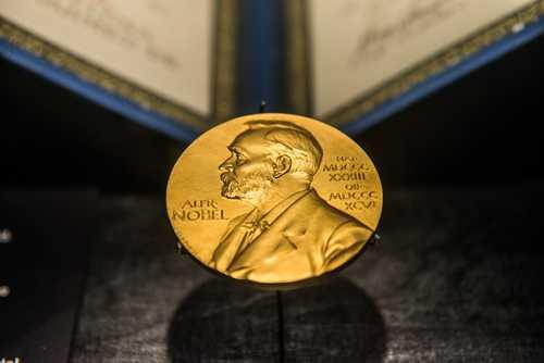 Нобелевский лауреат Оливер Харт стал консультантом блокчейн-стартапа