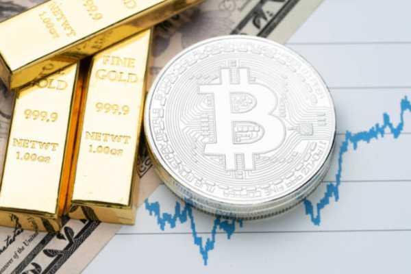 Мнение: Пока золото будет падать, биткоин возобновит рост