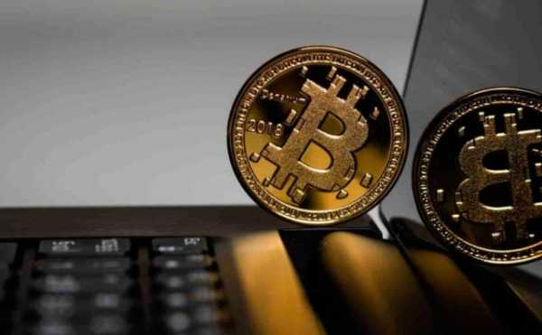 Аналитики рассказали, чего ждать от цены биткоина в ближайшее время