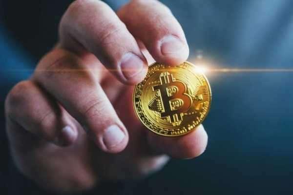 Аналитики UBS усомнились в том, что биткоин можно считать защитным активом