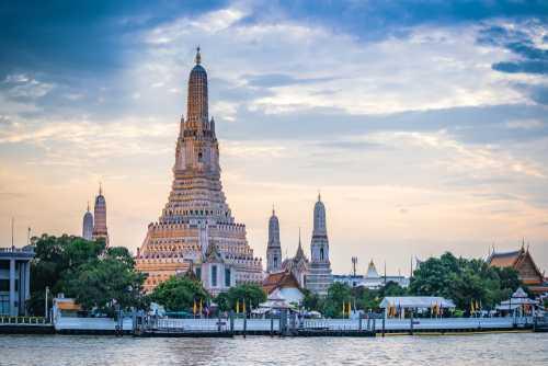 Фондовая биржа Таиланда обратится за криптовалютной лицензией