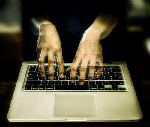 ЦБ: хакеры теряют интерес к банковским картам и фокусируются на криптовалютах