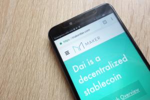 Пользователи OKEx смогут получать 4% выплаты на активы в стейблкоине Dai