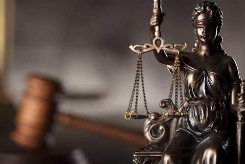 SEC, CFTC и ФБР выдвинули обвинения против дилера биткоин-свопов 1Broker