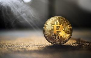 Майк Новограц: Снижение курса биткоина заставляет меня нервничать