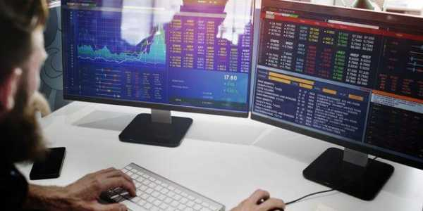На что обращать внимание при прогнозировании цены биткоина?