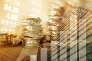 Токенсейлы по-прежнему приносят блокчейн-фирмам больше денег, чем венчурное финансирование