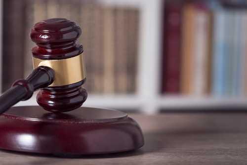 Инвесторы намерены привлечь к суду Флойда Мейвезера и DJ Khaled за продвижение ICO Centra Tech
