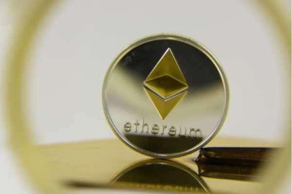 Ethereum привлек $195 млн инвестиций. Цена монеты поднялась выше $1 800