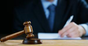 Суд в Нью-Йорке приговорил организатора мошеннических ICO к полутора годам заключения