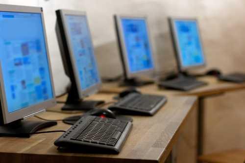 Хакеры получили $800 000, добывая криптовалюту в интернет-кафе Китая
