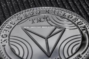 CEO TRON анонсировал «сотрудничество со стомиллиардной мегакорпорацией»