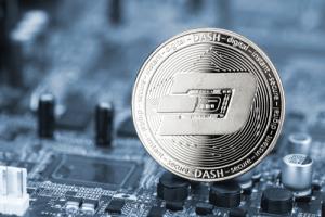 Цена Dash подскочила на 19% после объявления о листинге на Coinbase