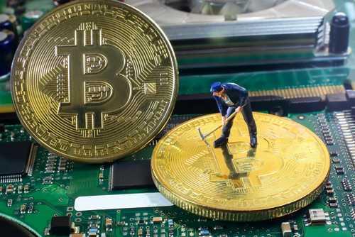 Майнинг биткоина теряет привлекательность из-за падения курса — Отчет Fundstrat