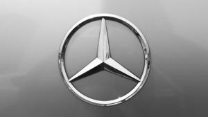 Производитель Mercedes создаст аппаратный крипто-кошелёк для автомобилей