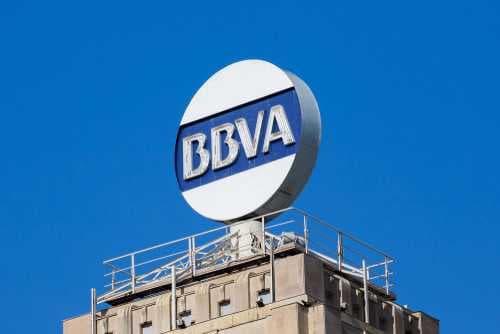 Председатель BBVA: Криптовалюты «идеальны», но часто используются в незаконной деятельности