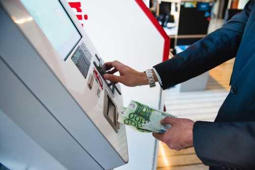 Общее число криптовалютных банкоматов приближается к 4000