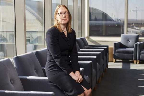 Хэстер Пирс прокомментировала отказ SEC утвердить заявку на запуск биткоин-ETF
