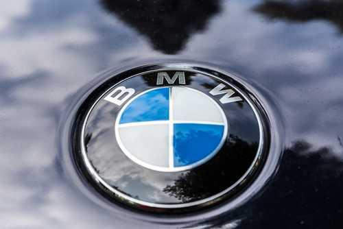 BMW будет поощрять водителей токенами за предоставление данных о пробеге автомобилей через блокчейн