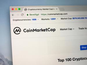 Nasdaq, Bloomberg и Reuters добавят крипто-индексы CoinMarketCap