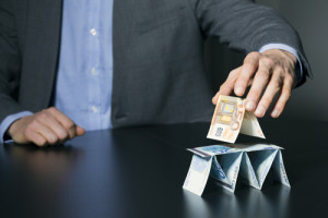 Крипто-пирамиду PlusToken связали с крупными продажами биткоина на рынке