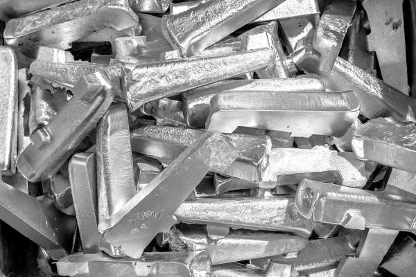 Новый швейцарский стейблкоин будет обеспечен платиной и кобальтом
