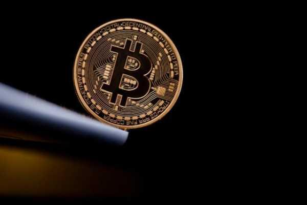 Если биткоин продолжит дешеветь, 900 тысяч BTC-адресов могут оказаться в убытке