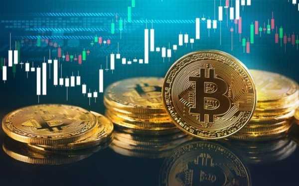 Впервые за долгое время биткоин закрывает месяц ростом