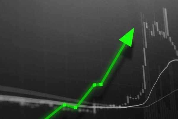 Почему на этих выходных биткоин рос в цене. Три основных причины