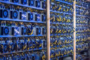 Немецкий майнер закупает 5 000 ASIC-устройств на фоне нового максимума хеш-рейта биткоина