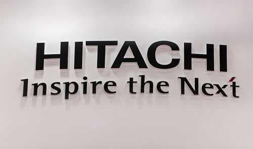 Hitachi тестирует блокчейн-систему для проведения платежей при помощи отпечатка пальца