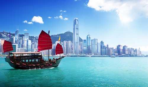 Гонконг ослабит миграционные требования для специалистов по блокчейну