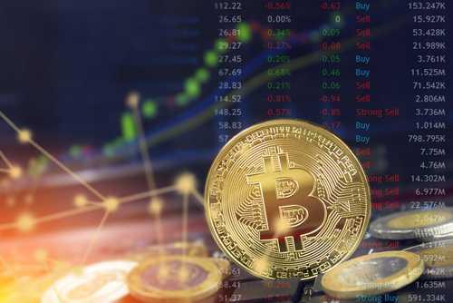 Мартовские фьючерсы на биткоин торгуются на $100 ниже рынка