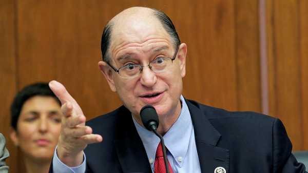 Брэд Шерман: «криптовалюты угрожают статусу доллара США как мировой резервной валюты»