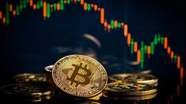 Аналитики: биткоину необходимо закрепиться выше $7 300