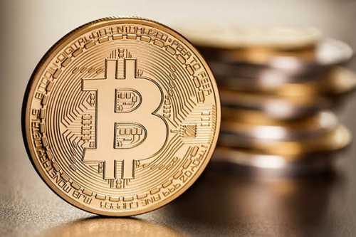 Технический анализ: цена биткоина оказалась ниже восходящего тренда
