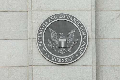 SEC наложила штраф и два пожизненных запрета на организатора ICO